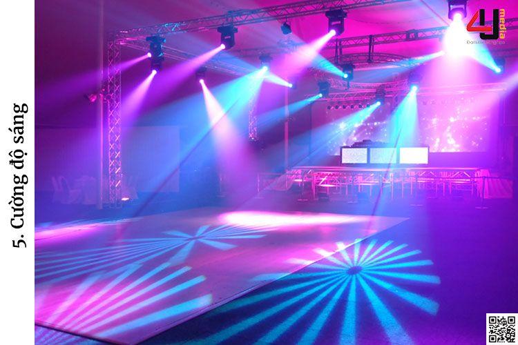 4u media ánh sáng sân khấu