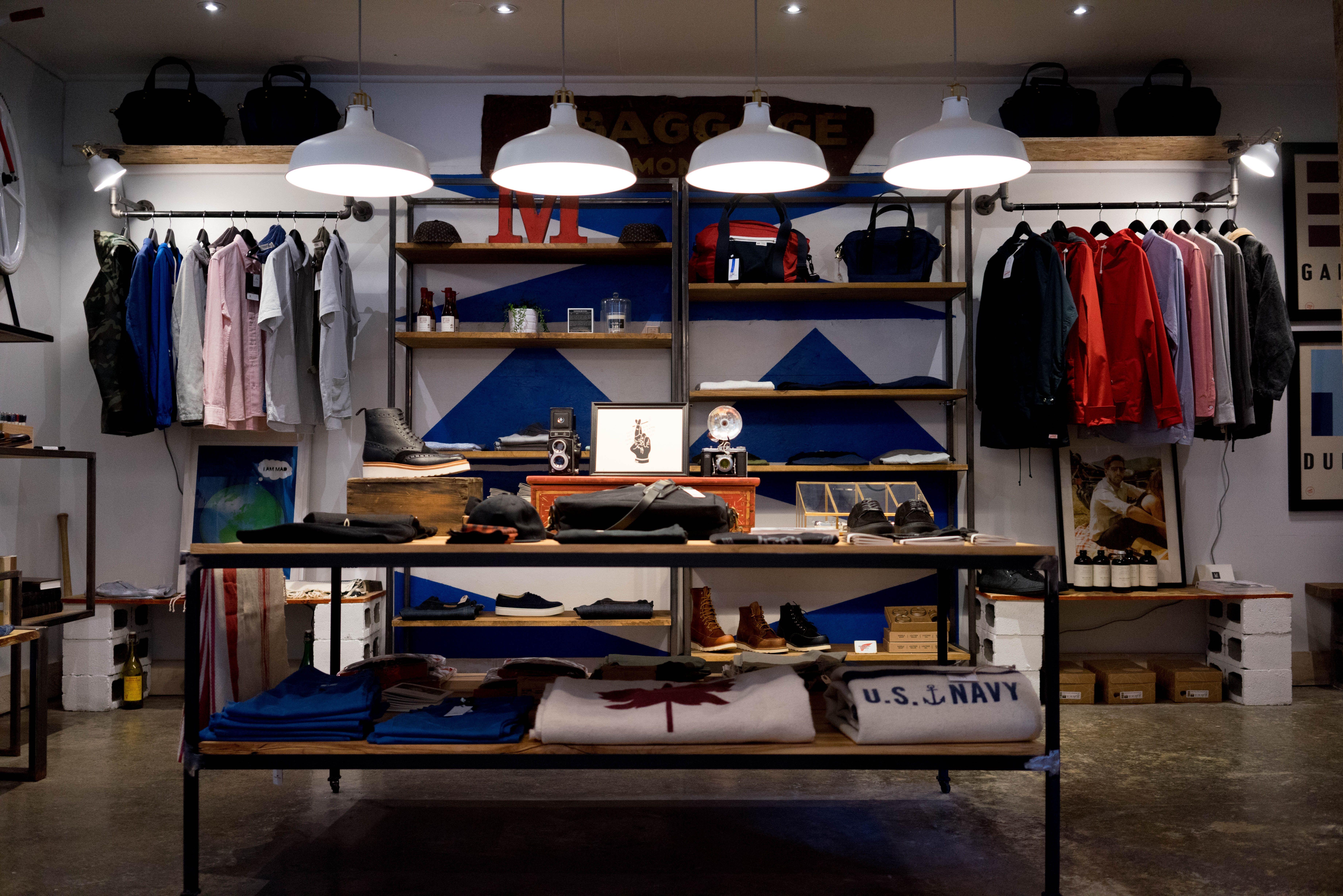 4u studio showroom thời trang